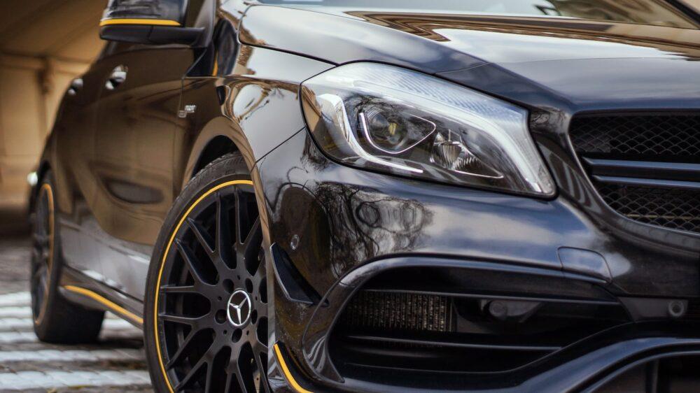 przednia lampa Mercedes A45 AMG
